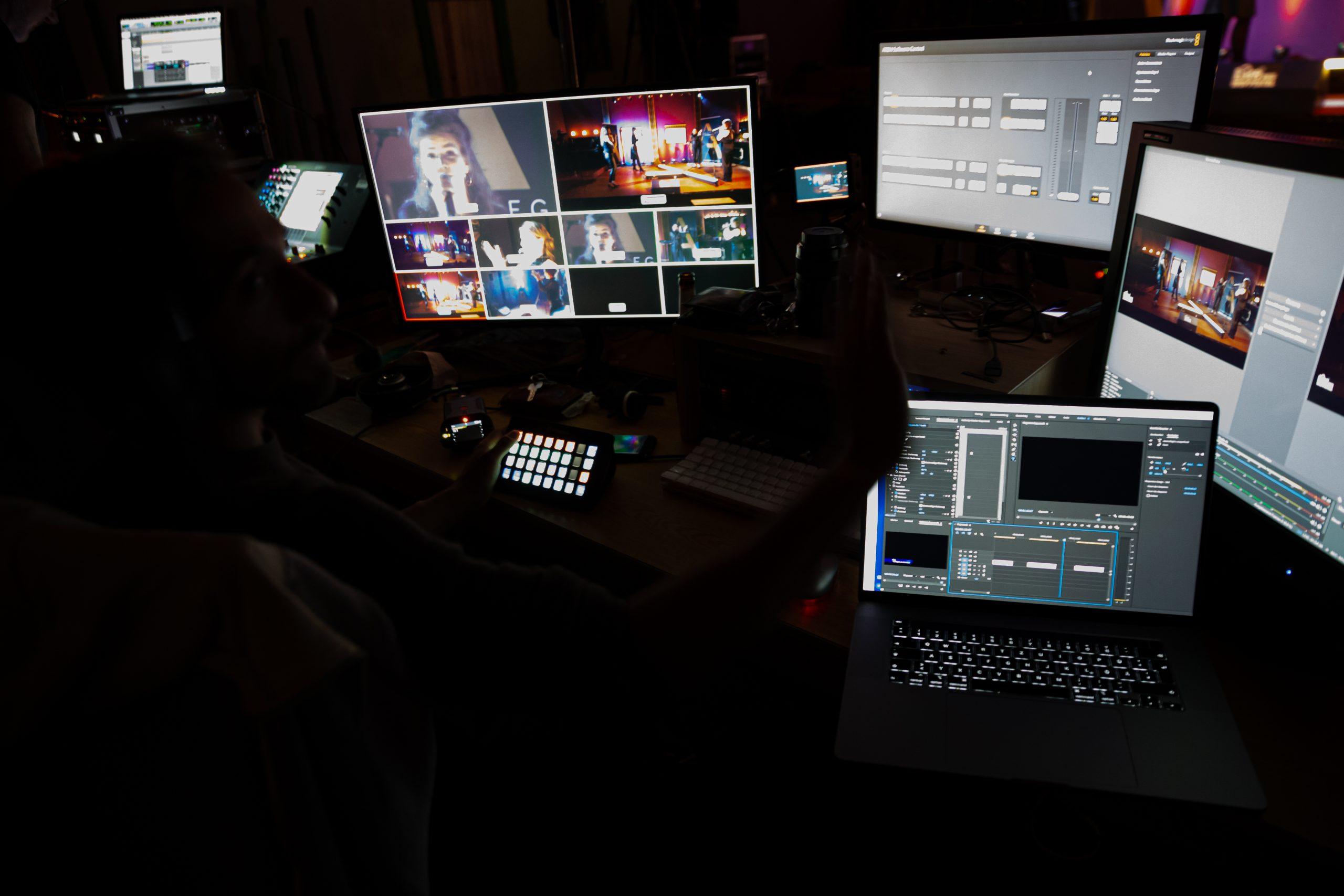 LiveStreaming-Service 2021